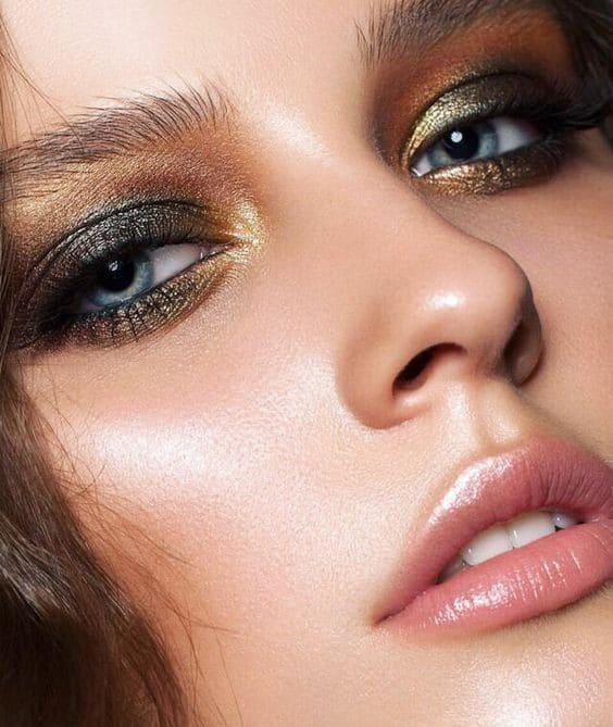BEAUTIFUL MORNING  3-feestelijke-makeup-looks1 rode lippen new years makeup metallic makeup kerst makeup glitter makeup bordeaux