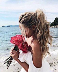 Bruidsmakeup | Bruidskapsel | Make-up | Hairstyling EmilyMohsie-de-ponytail-240x300 vissengraatvlecht vet haar verbergen touperen simpele updo's ponytail half up bun haar hacks droogshampoo