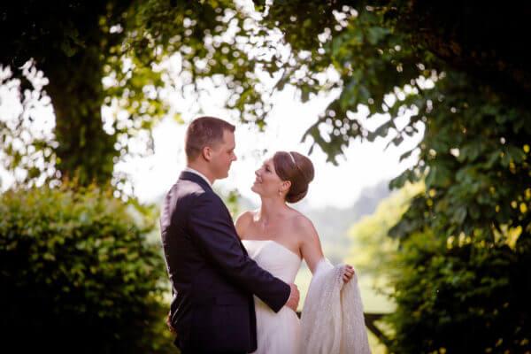 BEAUTIFUL MORNING bruidsmakeup-en-bruidskapsel-e1496608495369