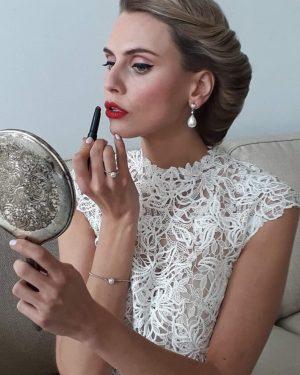 Bruidsmakeup | Bruidskapsel | Make-up | Hairstyling Retro-Bruidsmakeup-rotterdam-o5u5mlilkgllhe9r69f11sdmnca58jucrd342rbuee